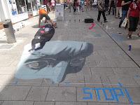 Hier gibt sich Alex Maxiov, freier 3D Künstler aus der Ukraine, richtig Mühe. Ein sehr großes Straßenbild.