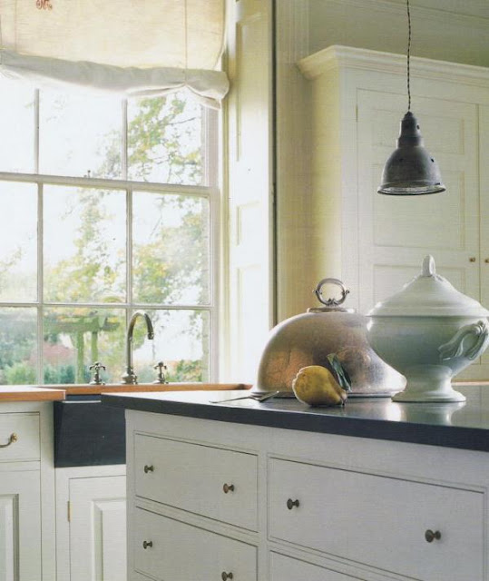 Neutral heaven interior design and mood creation march 2012 for Plain english cupboards