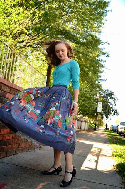 Flashback Summer: Found at Last, Found at Last! - 1950s middle east novelty print skirt, new look, vintage outfit, arab