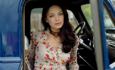 Kristin Kreuk Actress Full HD Wallpaper