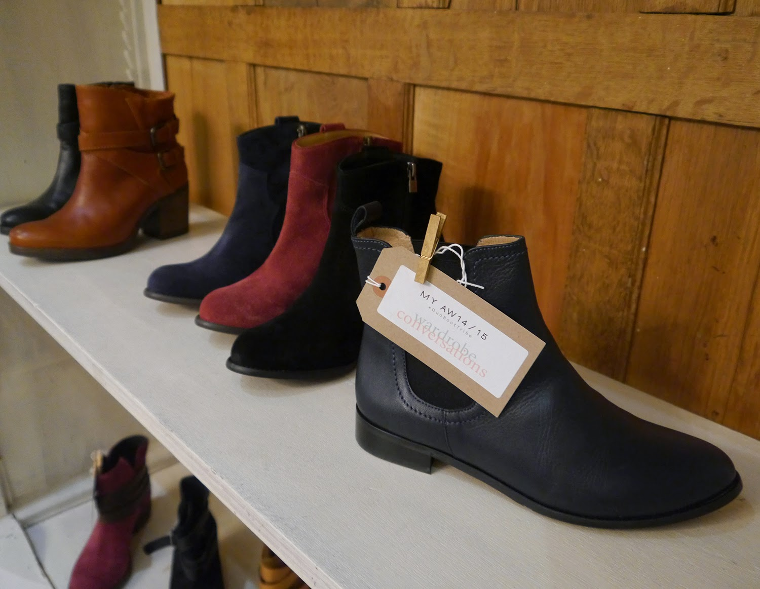 DUO, Edinburgh event, Blogger event, Scottish bloggers, blogging duo, ankle boots, autumn style, boots, Wardrobe Conversations, #boottribe, #DUOBootTribe, Duo Boot Tribe, Chelsea boots, navy boots, casual footwear