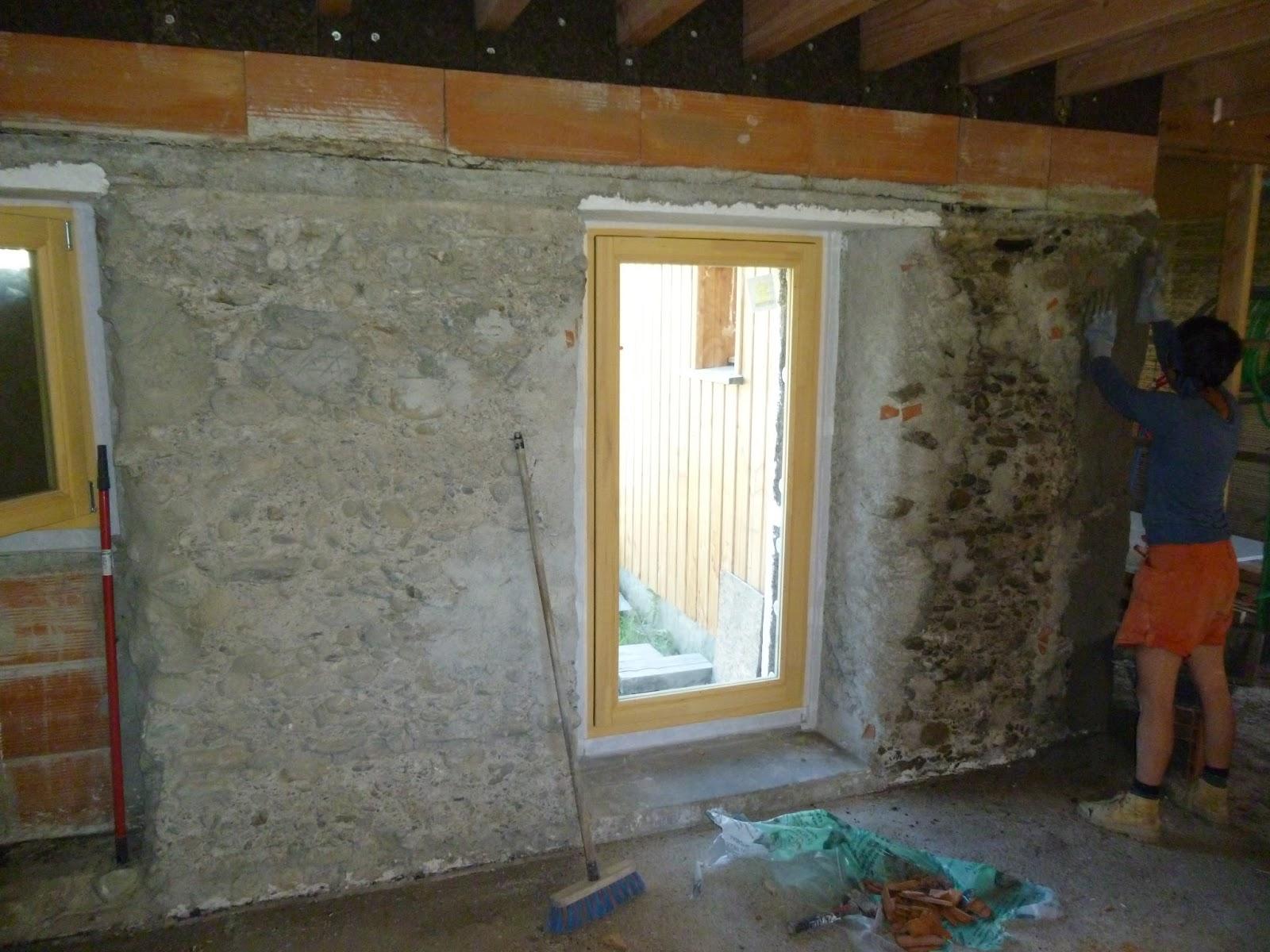 La petite maison du fond juin 2015 for Reagreage exterieur