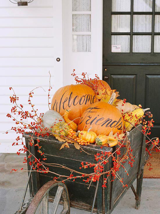 Northern nesting outdoor fall decorating ideas courtesy of bhg - Pumpkin decorating ideas autumnal decor ...