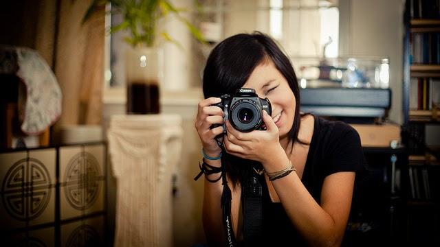 Review  lengkap Canon Eos 700D