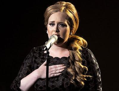 Adele_nails