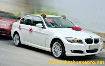 Cho thuê xe cưới BMW 523i tại Hà Nội