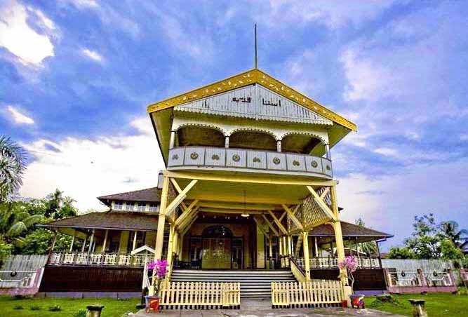 Istana Kesultanan Kadariah Pontianak