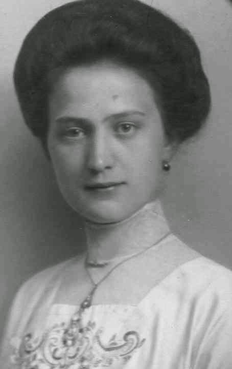 Fille de l'archiduc Franz Salvator et de l'archiduchesse <b>Marie Valerie</b> <b>...</b> - zzz30112041