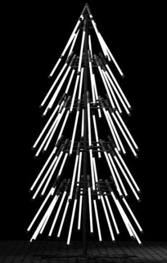 Ёлка из люминесцентных ламп