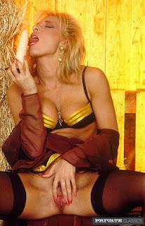 Ordinary Women Nude - rs-004-731892.jpg