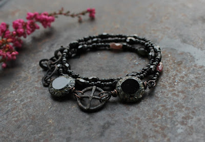 Black solarwheel bracelet