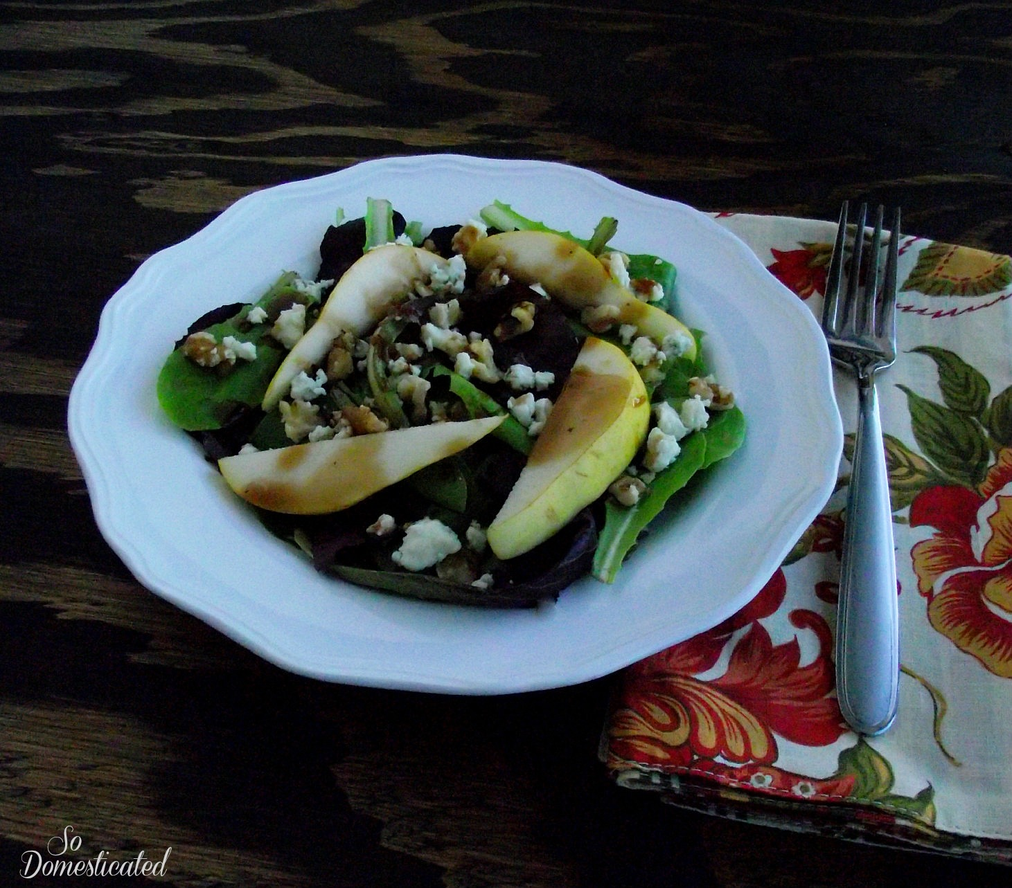 So Domesticated: Autumn Pear Salad with Balsamic Pomegranate ...