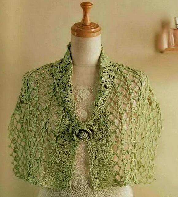 Stylish Easy Crochet Crochet Capelet Pattern Classy Womens