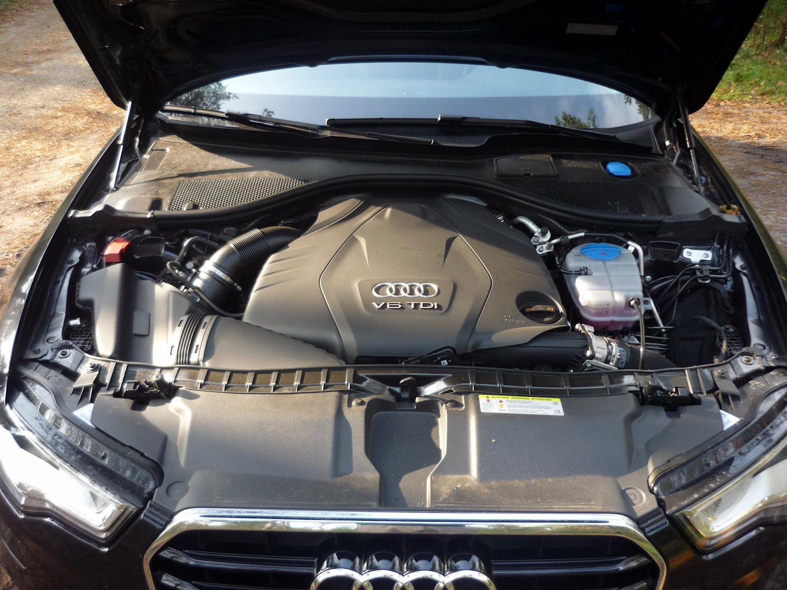 The 3 0 tdi is available with either 204 245 or 313hp