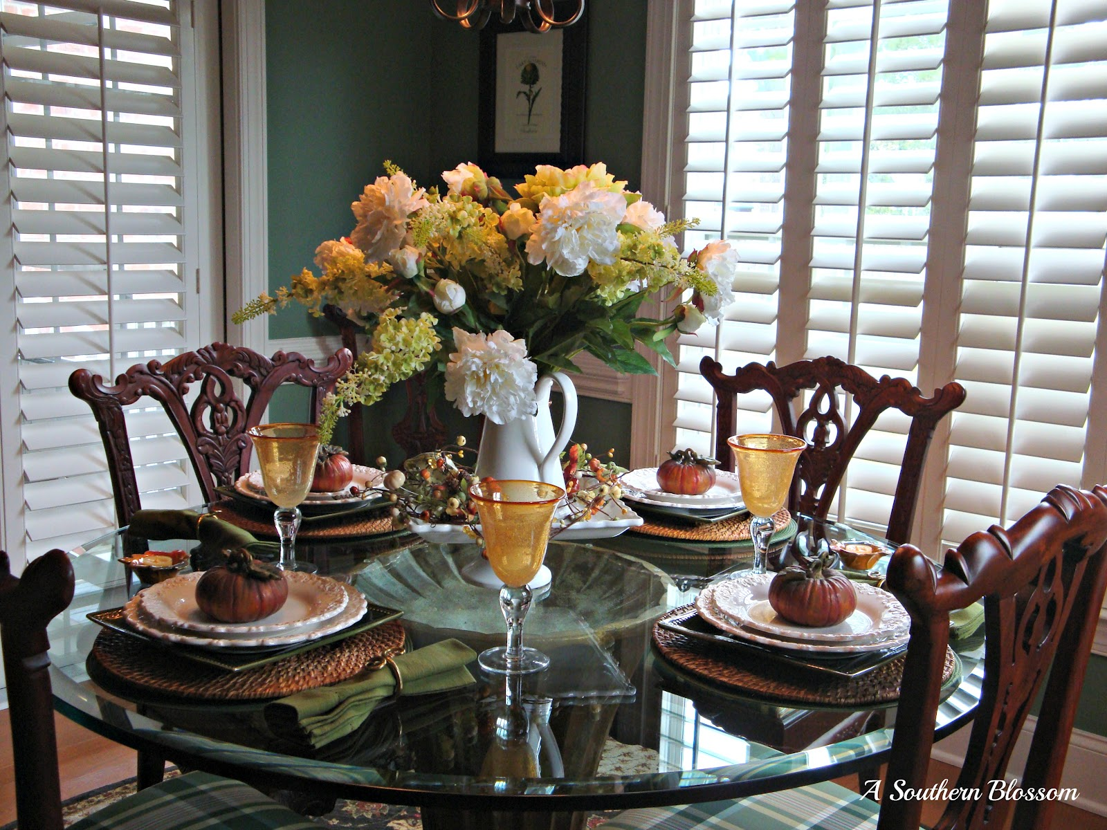 southern blossom tablescapes