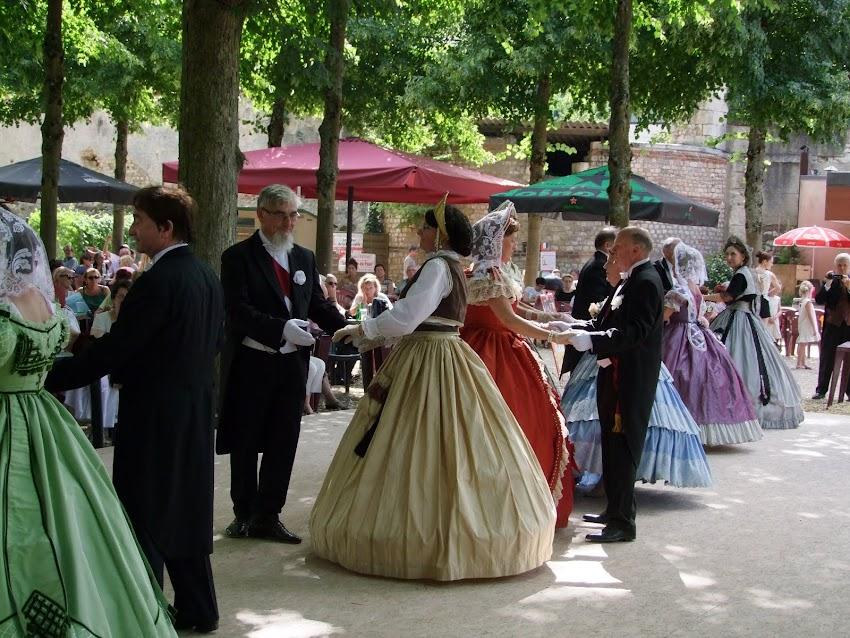 PARTICIPATION A LA GUINGUETTE DE L'ARCHEVECHE de Bourges