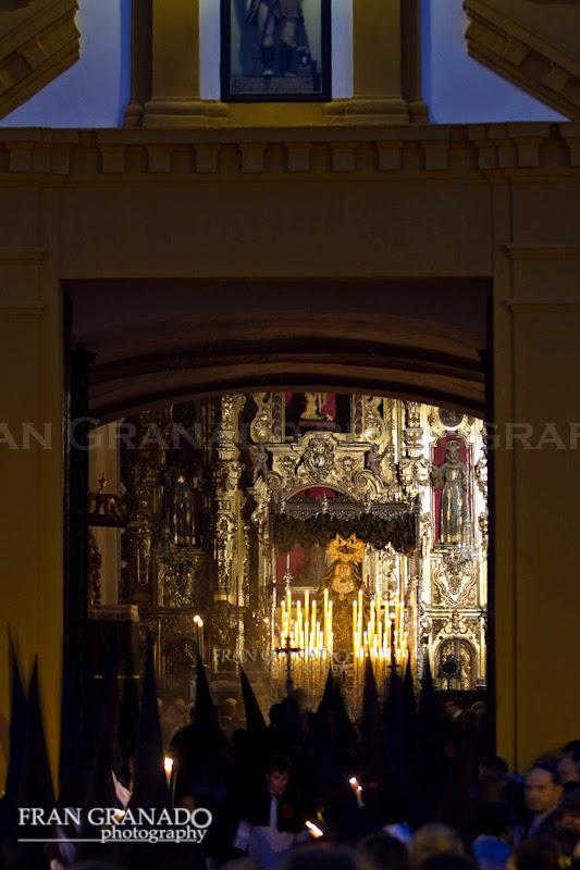 http://franciscogranadopatero35.blogspot.com/2014/12/la-hermandad-del-santo-entierro-viernes.html