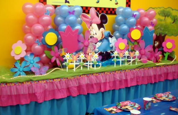 Birthday party decoration ideas sweet home design for Balloon decoration for kids party