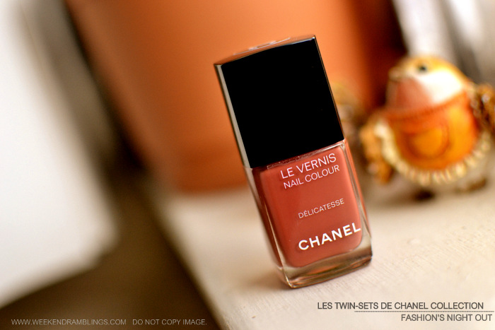Les Twin Sets de Chanel Makeup Collection FNO Fashions Night Out Vernis Nail Polish Delicatesse Indian Beauty Blog