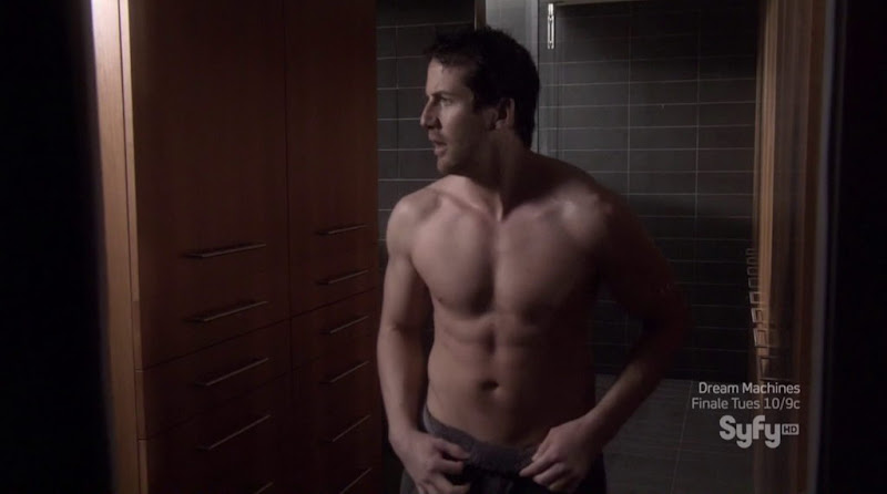 Niall Matter Shirtless in Eureka s5e05