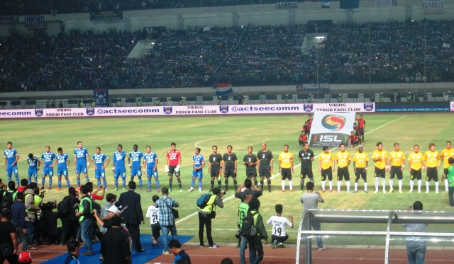 Persib Bandung Kalahkan Malaysia Selection 3-0 di Stadion GBLA