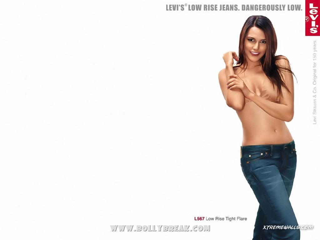 Neha Dhupia Levis Ad Wallpaper