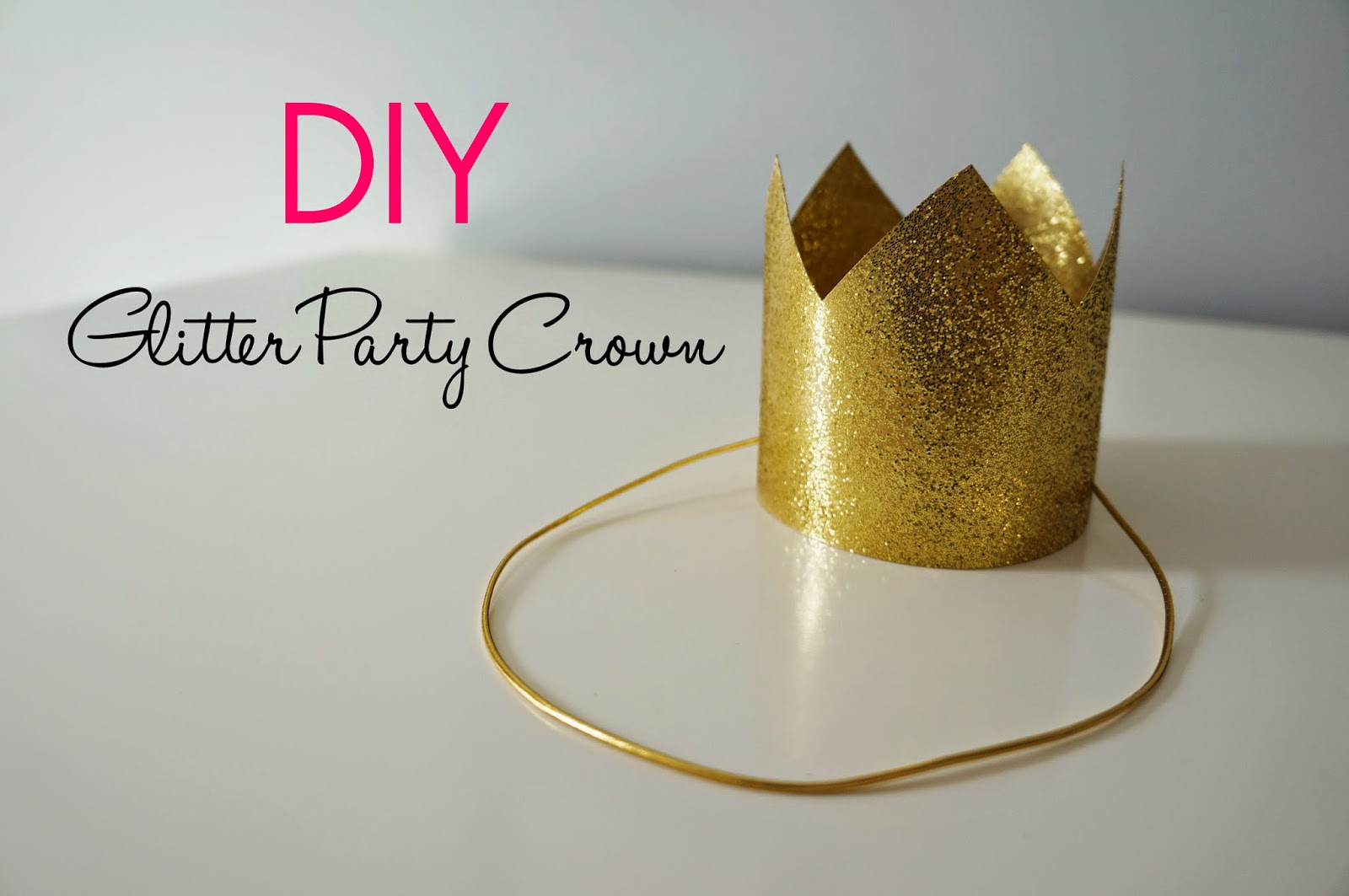 DIY Glitter Party Crown hellokelcey.blogspot.com