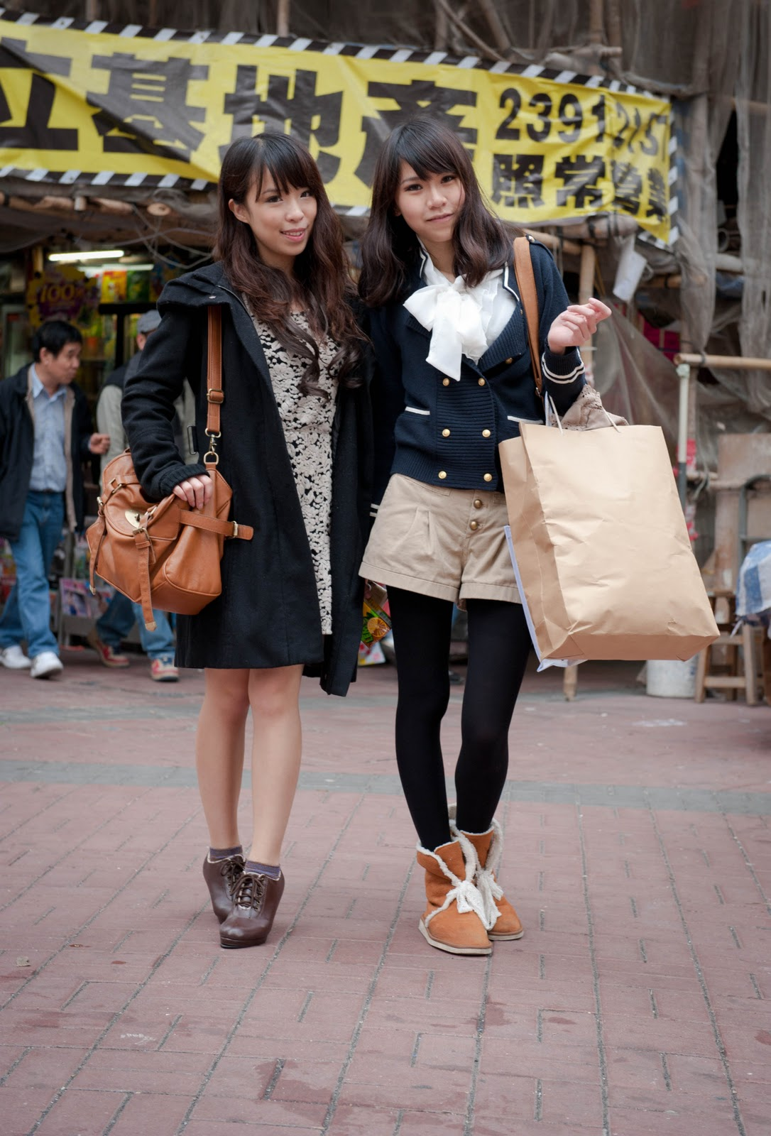 Spy fashion hong kong 5 times Jackie ditched heels for beautiful sneaker looks - Fashion