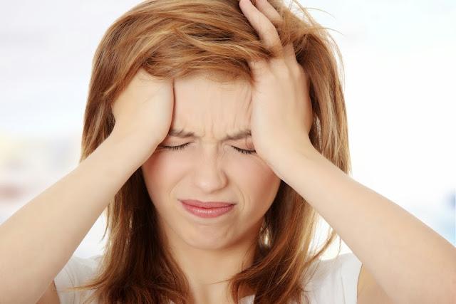 Waspadai Sakit Kepala Akibat Dehidrasi