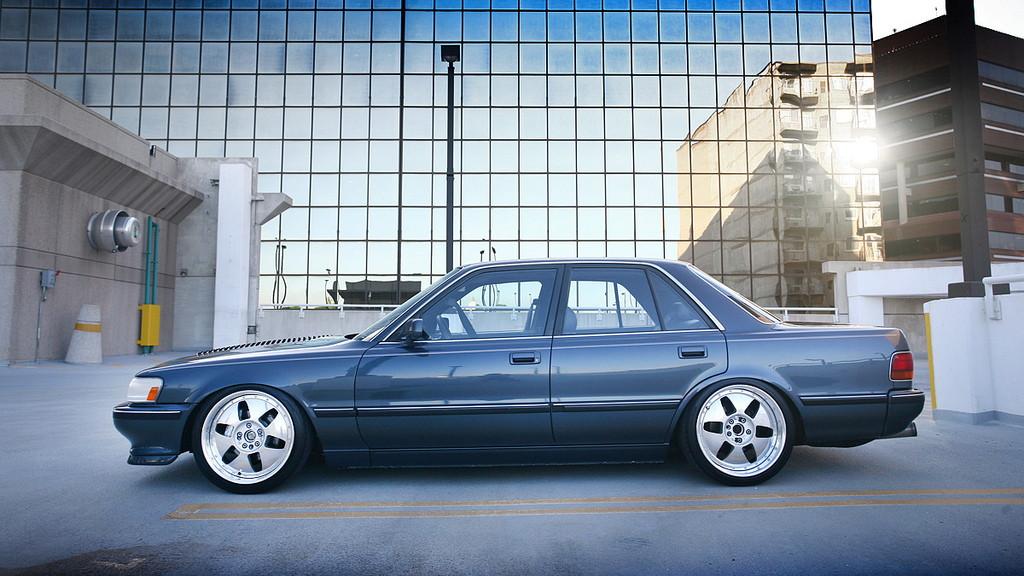 Toyota Cressida II X80, japoński sportowy sedan, tylnonapędowy, napęd na tył, RWD, drifting, zdjęcia, tuning, USDM