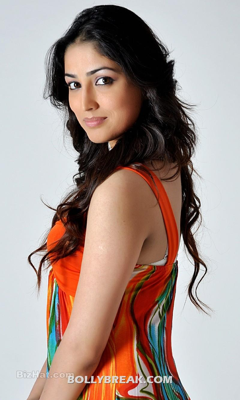 Yami Gautam Orange Dress  back view - Yami Gautam Orange Dress hot pics