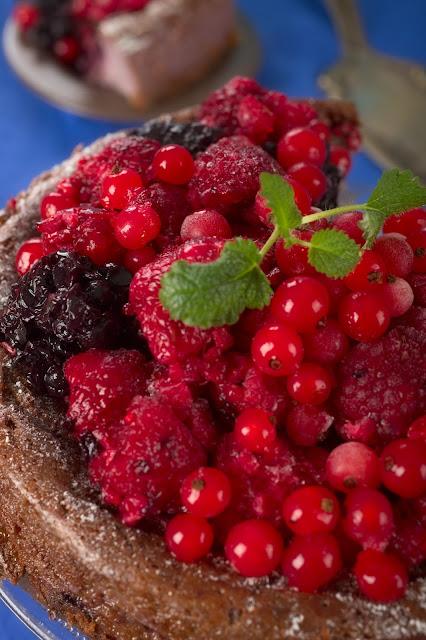 Kuchen mit Beeren. Rezept für Käsekuchen. Edyta Guhl.
