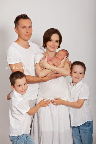 Fotografia rodzinna, zdjęcia dzieci, studio fotograficzne Poznań, milkart, sesja na roczek