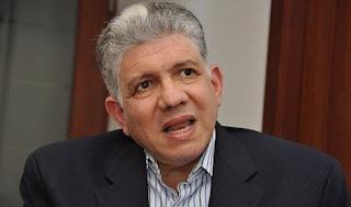 Eduardo Estrella pide al MP profundizar suicidio arquitecto en OISOE