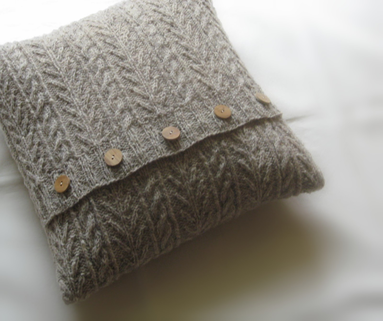 Aran knitting dezember 2012 - Strickanleitung weihnachtspullover ...