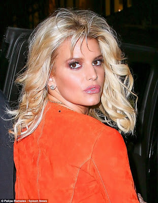 Jessica Simpson hot mug shot