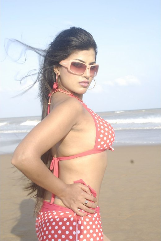 And Aarthi puri hot recommend you