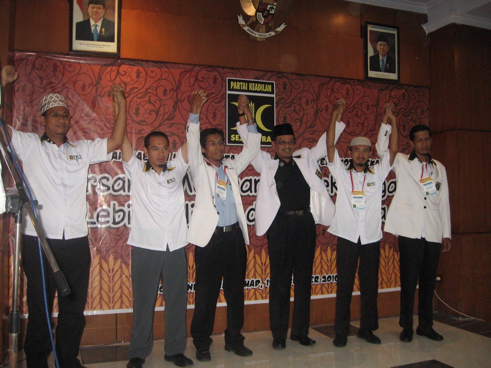 Pelantikan Pengurus DPD PKS 2010-2015