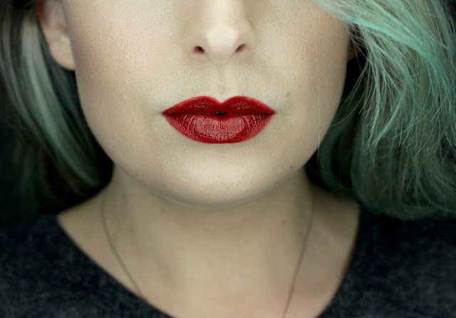 Illamasqua-Glamore-Lipstick-in-Vega-Review-Swatch
