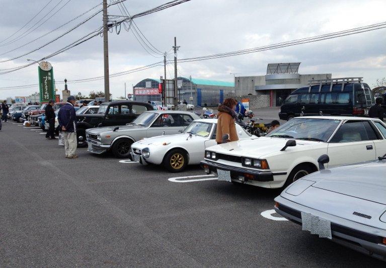 Nissan Skyline, Toyota Sports 800, Mazda RX-7, japońskie samochody, klasyczne auta na zdjęciach, galeria, jdm
