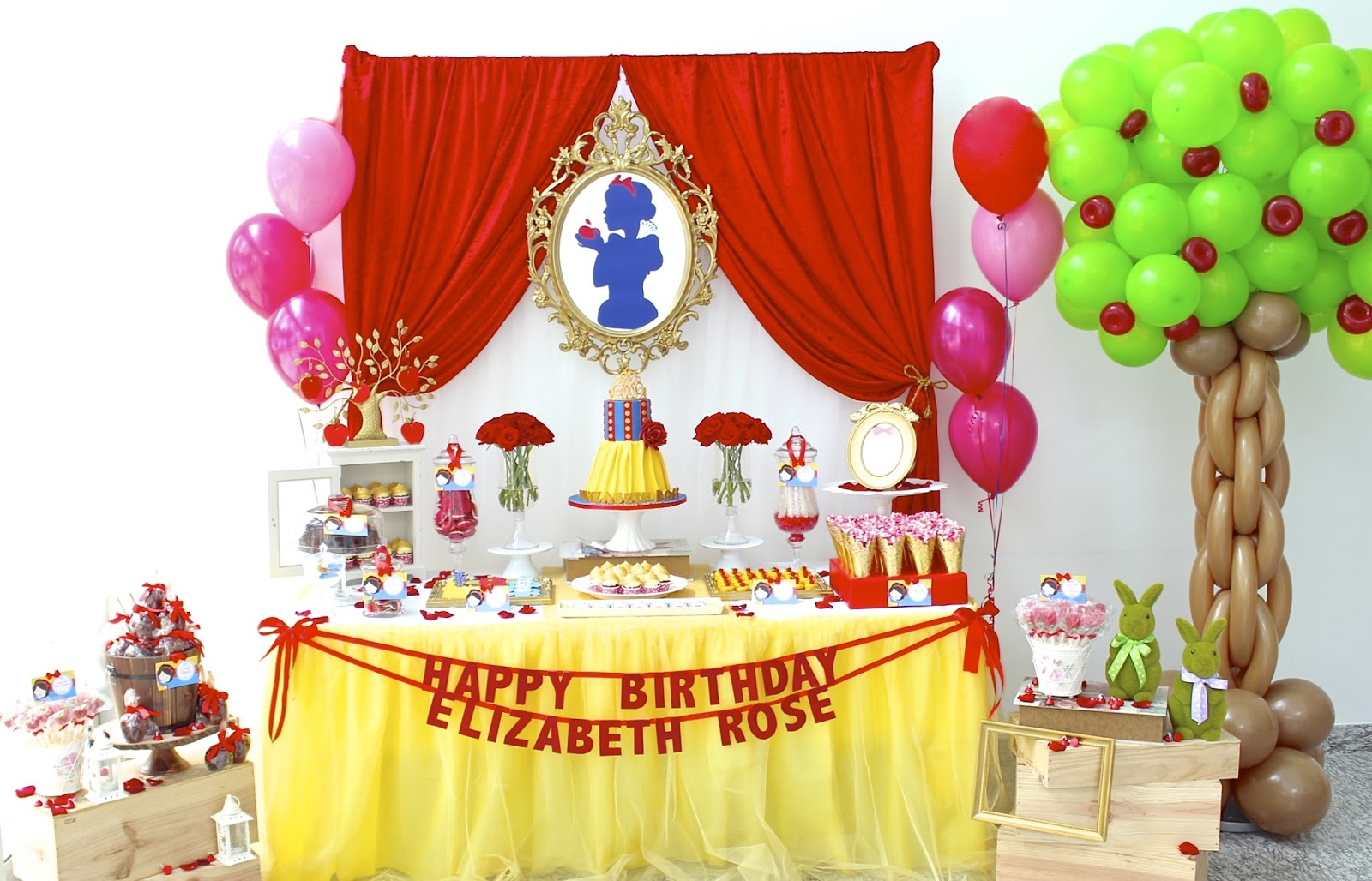 Snow White Princess Dessert Table Click Post To View More