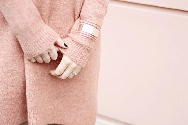 minimal arm cuff