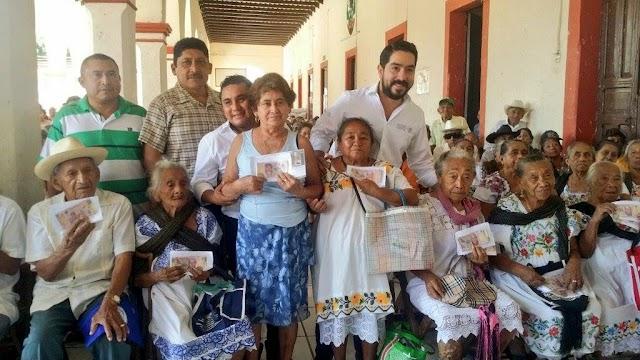 Cierran entrega de apoyos del Programa de Pensión para Adultos Mayores