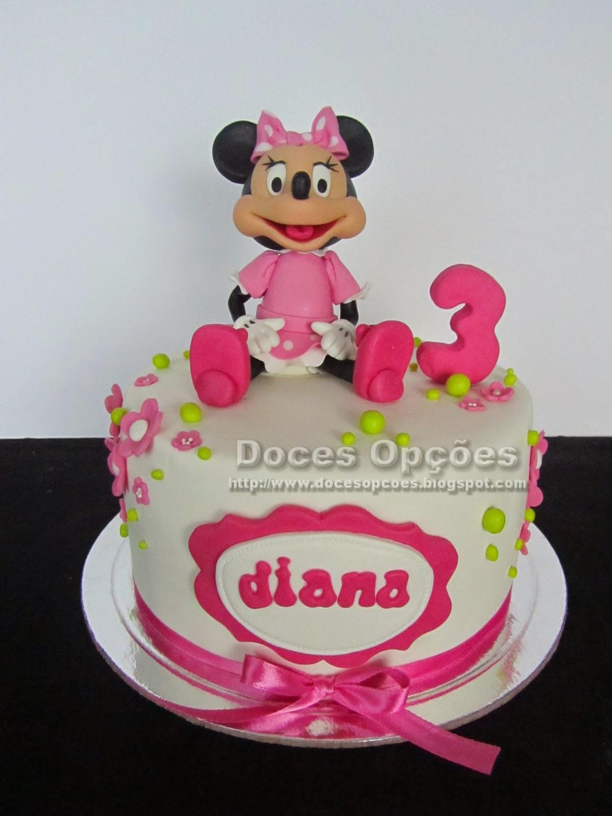 Bolo de aniversário com a Minnie