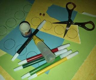 Cara Membuat Ular Kertas dari Kertas Bekas
