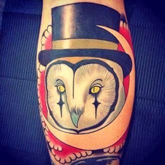 Tatuagem de coruja na panturrilha fica bom?