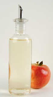 It is possible to use vinegar (apple cider vinegar) added to prevent diabetes.