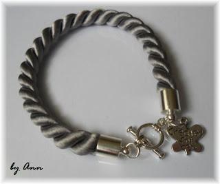bransoletka sznurek skręcany szary zawieszka