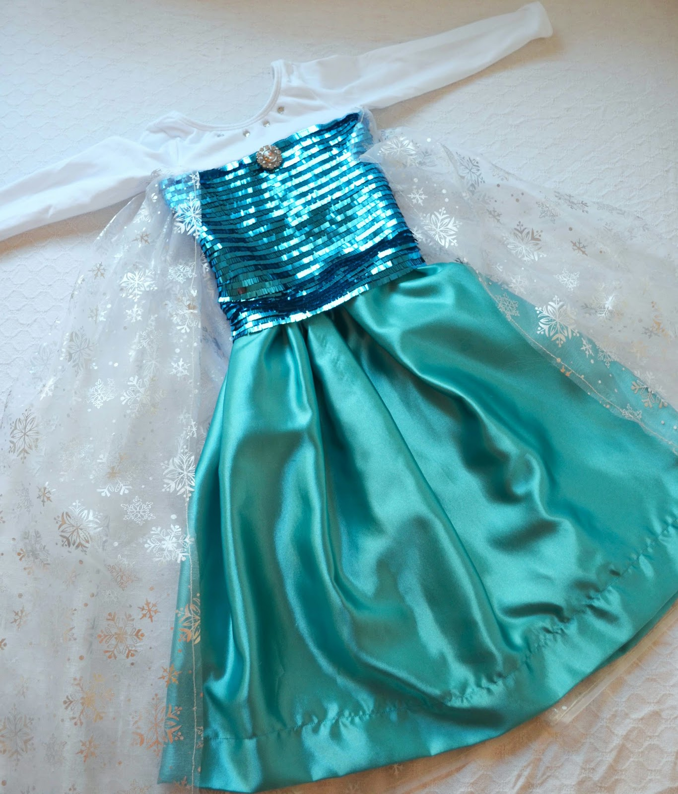 Tutorial Disfraz de niña Princesa Elsa FROZEN DISNEY