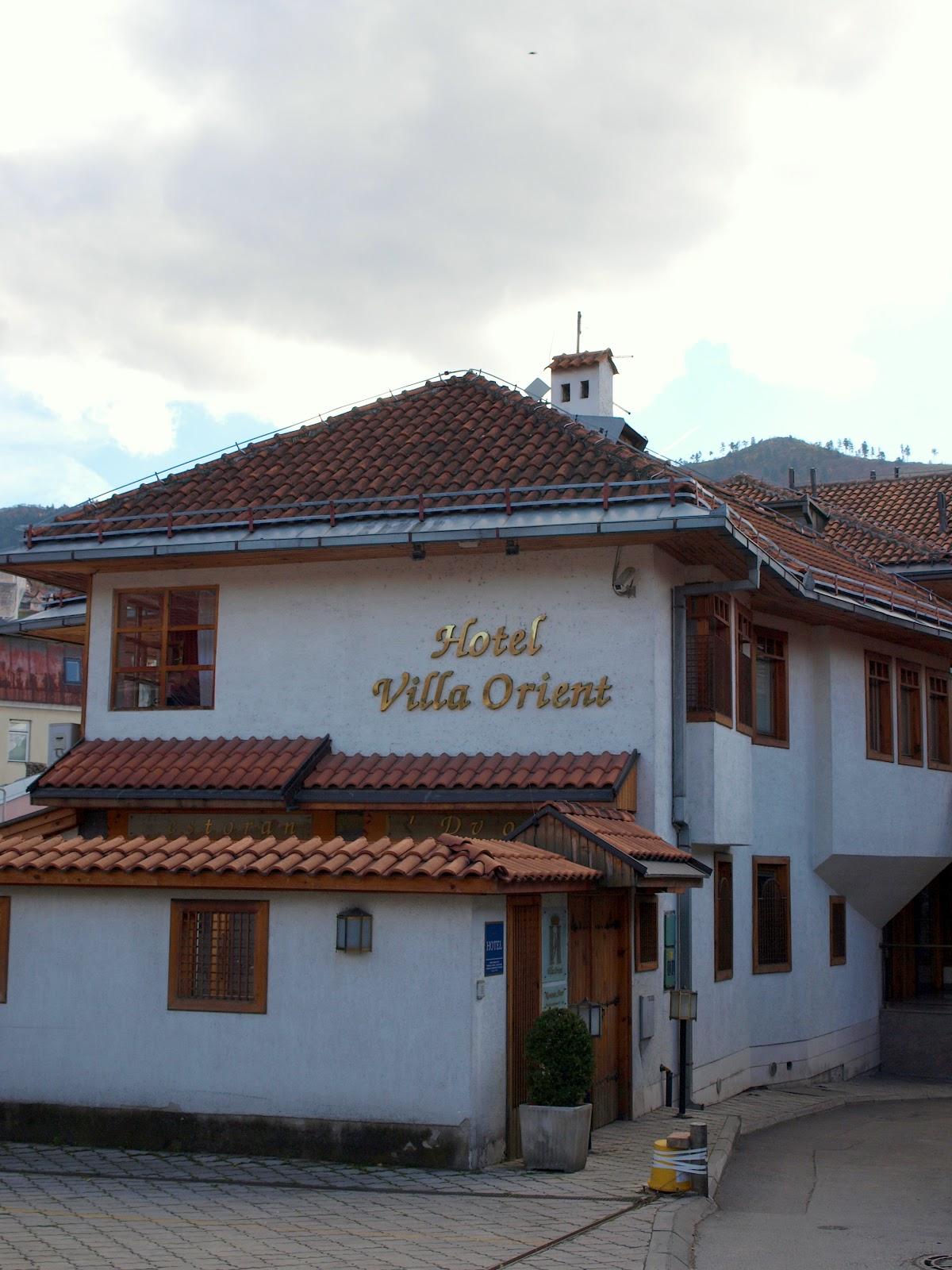the traveler 39 s drawer hotel villa orient sarajevo bosnia i hercegovina. Black Bedroom Furniture Sets. Home Design Ideas